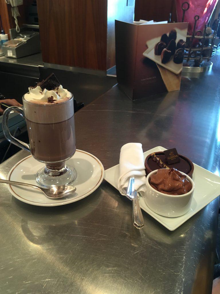 Queen Mary 2 - Godiva Hot Chocolate