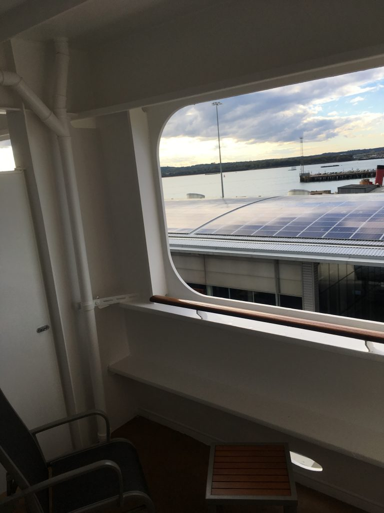 Queen Mary 2 - Sheltered Balcony